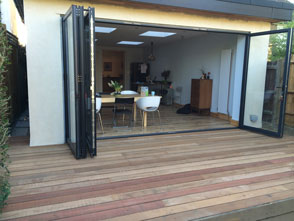 How Decking can Transform a Garden