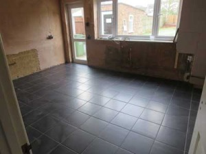 Kitchen-floor-tiled-basildon-cleaned