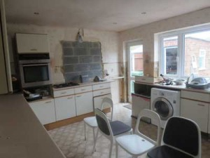 kitchen-basildon-window-bricked