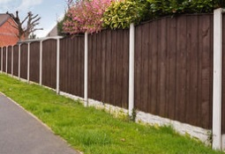 how to install a new garden fence