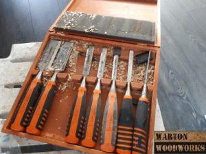 Carpenters chisel set for door handles