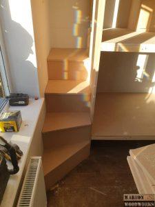 Kids indoor playhouse steps